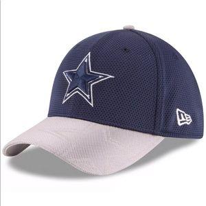 Dallas Cowboys 39Thirty Sidelines FlexFit Cap S/M